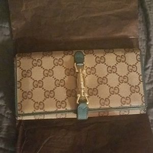 Authentic used Gucci wallet